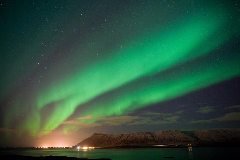 Het Noorderlicht een van de  IJsland bezienswaardigheden