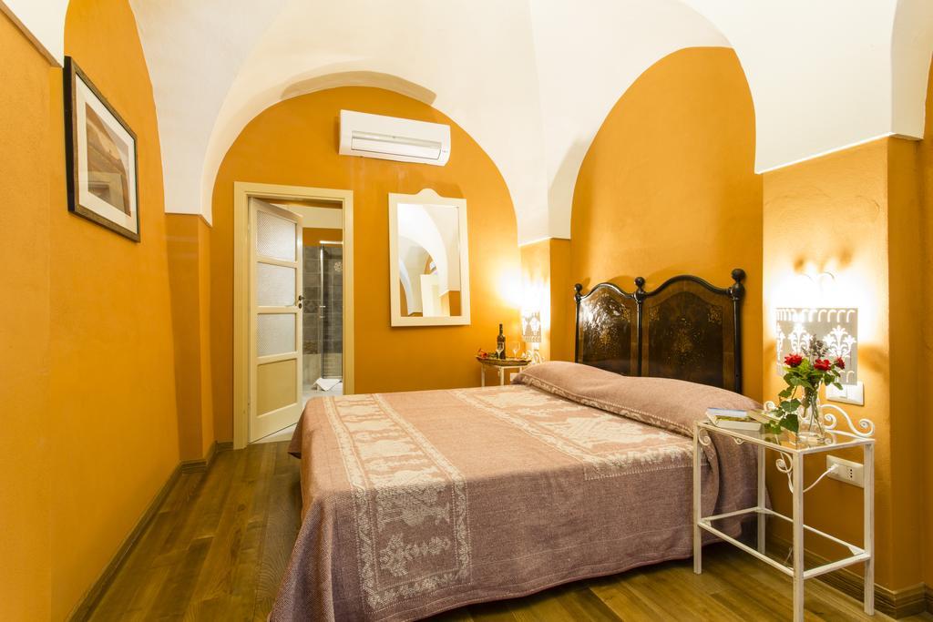 Tweepersoonskamer van Hotel  Villa Asfodeli op Sardinië