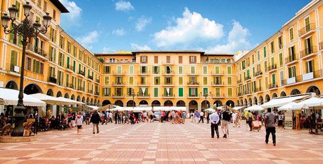 De nummer 1 op het lijstje wat te doen op Mallorca is de hoofdstad van Palma de Mallorca