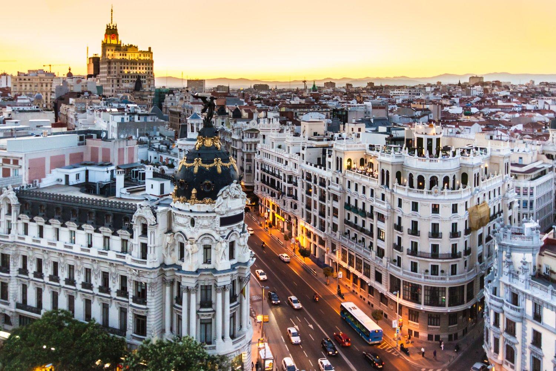De Gran Vía een van de populaire bezienswaardigheden Madrid